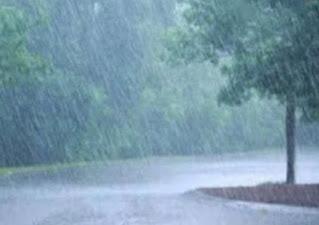 UP Weather News: यूपी में 2 दिन तक इन जिलों में भारी बारिश का अनुमान, अलर्ट जारी