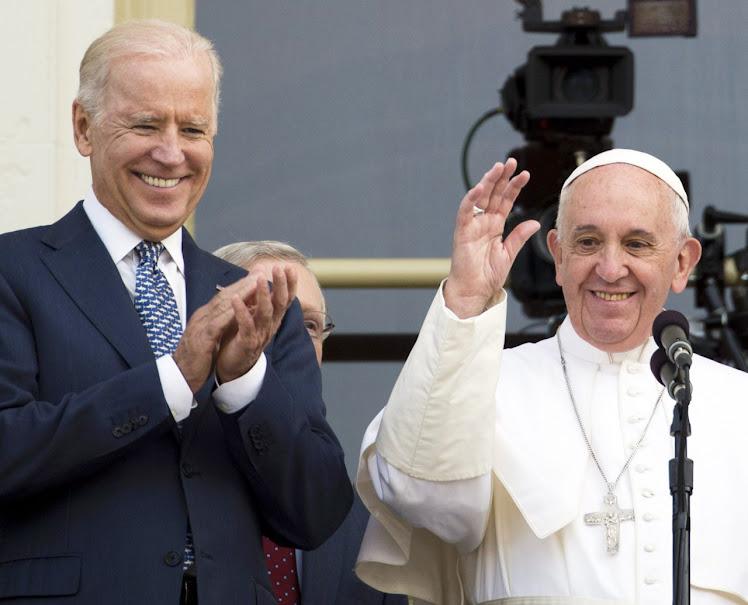Francisco mostrou simpatía com a eleição de Biden, arauto da cultura da morte