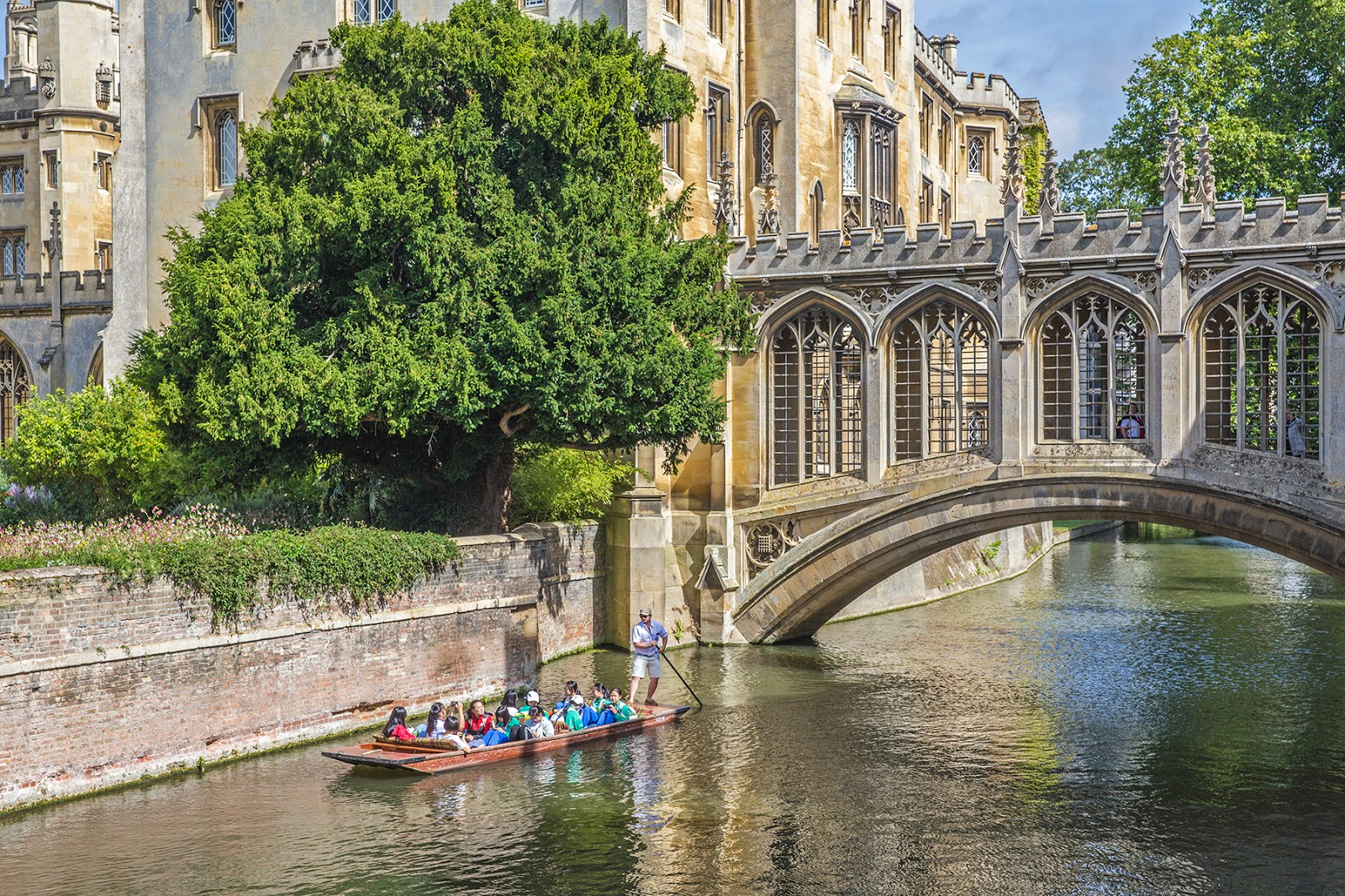 Cambridge, England: A Romantic Weekend Rendezvous by Posh, Broke, & Bored