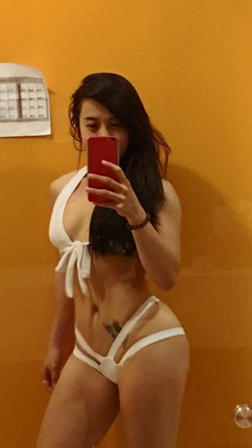 roxy_ted_bikini_sexy