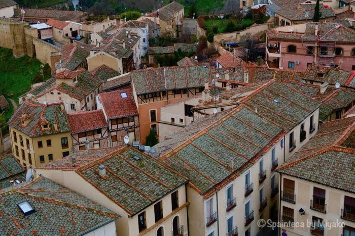 Segovia 世界遺産セゴビアのおとぎの国のようなレンガ屋根