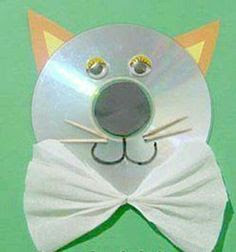 simple cat wall hanging art craft from used cds