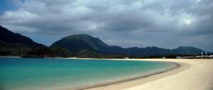 Indonesian tourism: Enjoy the white sand of Lampuuk Aceh beach
