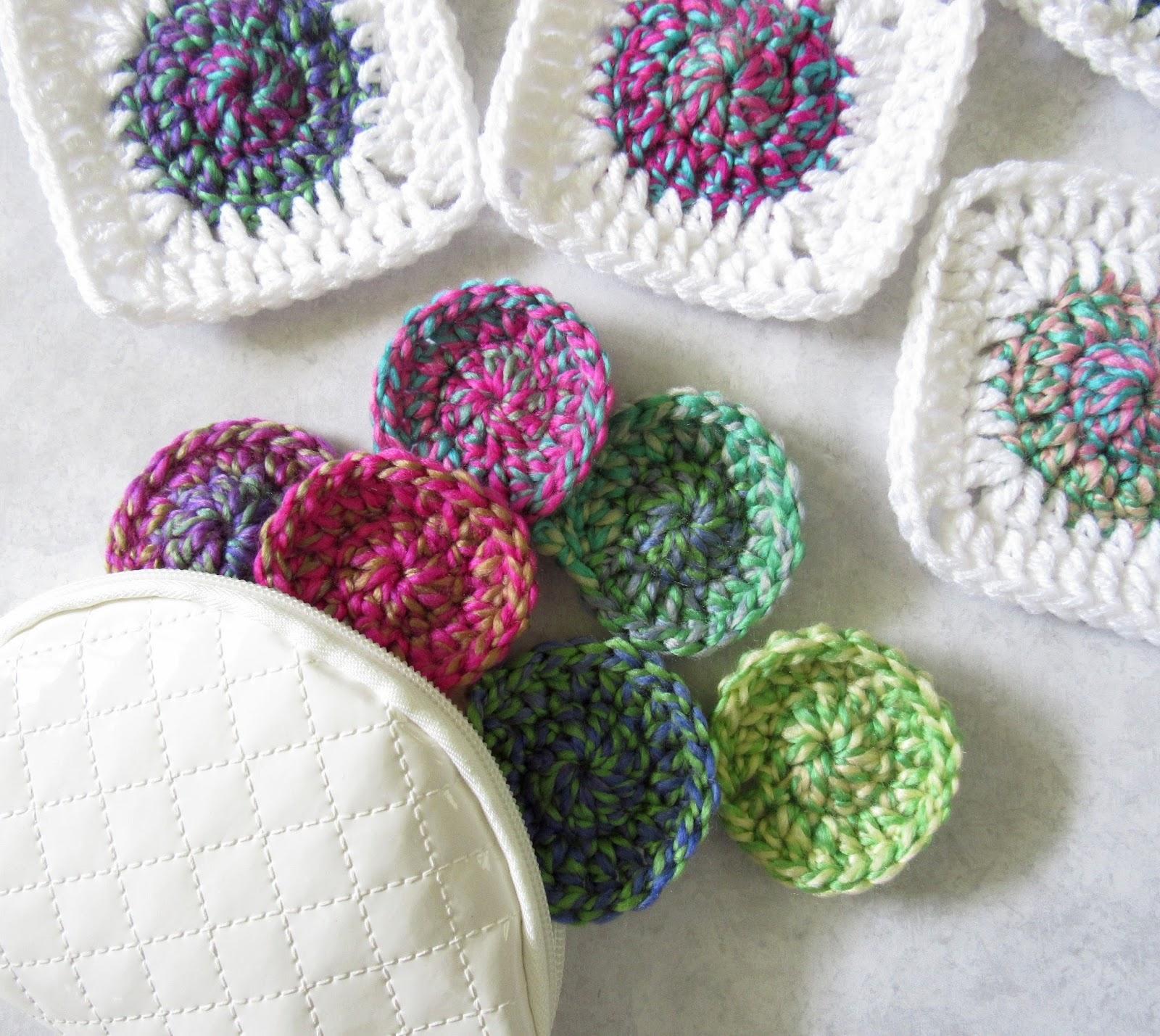 Sunburst Granny Square Crochet Pattern - Maria\'s Blue Crayon