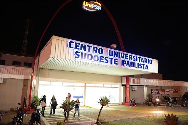 CENTRO UNIVERSITÁRIO UNIFSP COMEMORA ANIVERSÁRIO