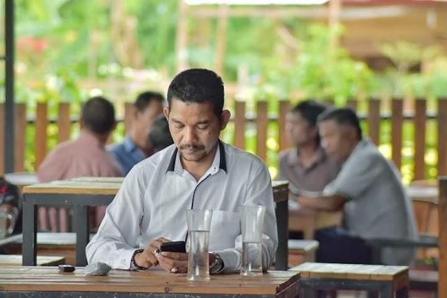 Azhari Cage : Perlu Ditinjau Kembali Pergub/Perbub dan Perwal Terhadap Pembatasan jam Malam di Warung Kopi di Aceh