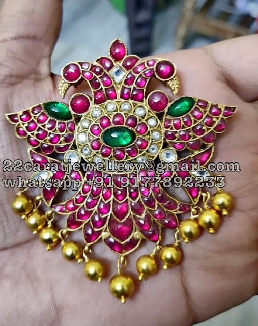 Pretty Silver Kundan Pendants on Sale