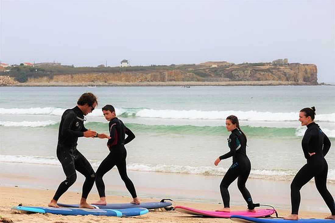 surf lessons group