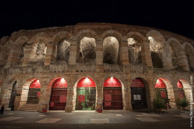 La Arena Verona noche