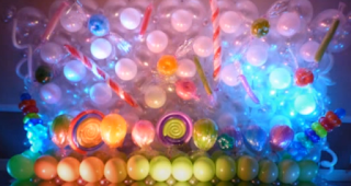 Effekte in Luftballons durch LED-Beleuchtung.