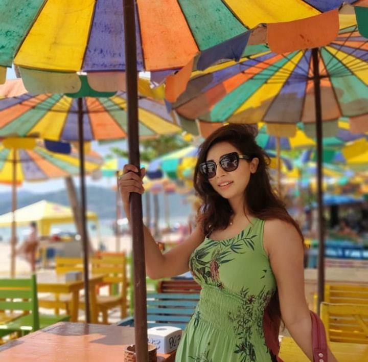 মডেল এবং অভিনেত্রী সাদিয়া জাহান প্রভার কিছু ছবি 18