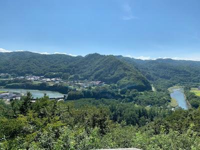 水の手展望台から見た千曲川