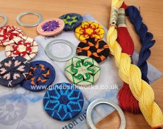 Gina-B Silkworks Embroidered Zwirnknopfe Little Button Journal Kit