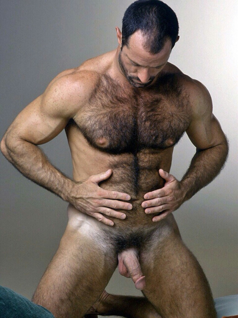 getting-tit-hairy-muscular-hunk-naked