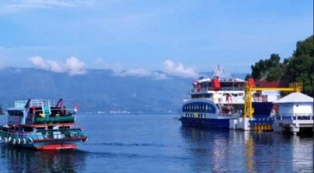 Menko Luhut: Pembangunan Dermaga Porsea Danau Toba Sudah 80 Persen