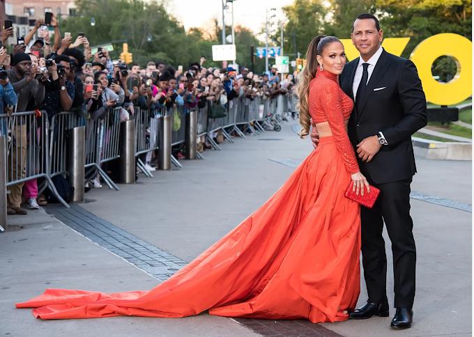Jennifer Lopez erases photos of Alex Rodriguez from her Instagram