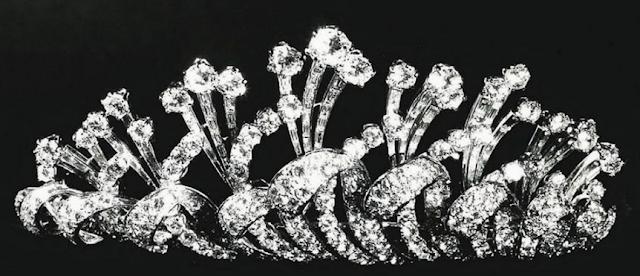 diamond tiara queen ratna nepal fred rajya lakshmi devi shah