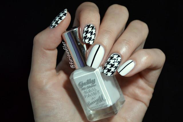 houndstooth b&w stripes simple elegant nails