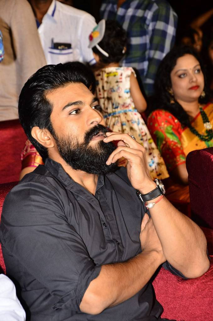 Ram Charan Tej At Srivalli Movie Pre Release Event