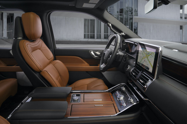 2021 Lincoln Navigator Review