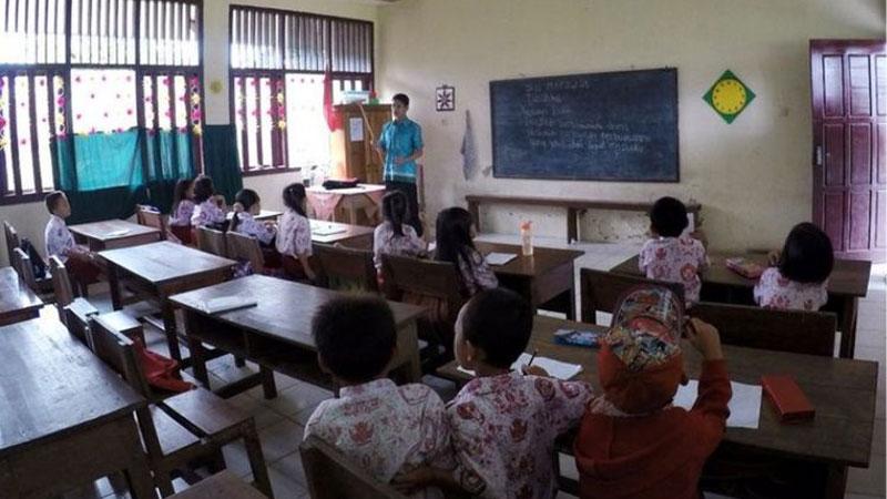 Kualitas Pendidikan Indonesia Rendah, Jangan Salahkan Guru