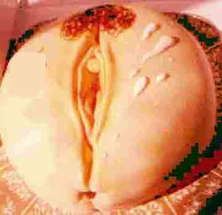 A fully naked big clit design cake