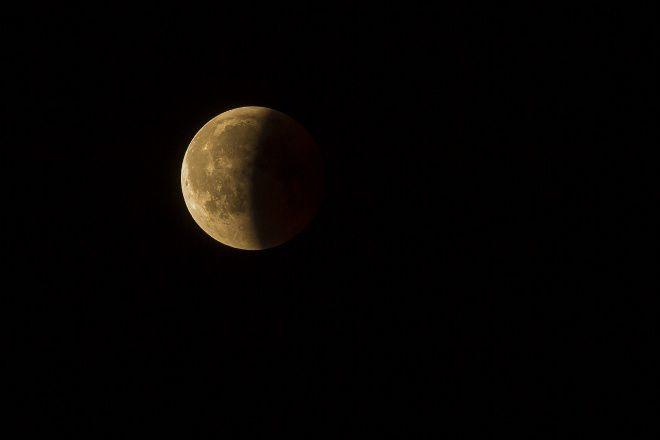 Bersiaplah! Gerhana Bulan Sebagian Dapat Disaksikan Rabu Dini Hari Nanti