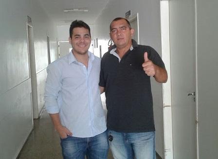 Quem tem saudade de Geames Macedo levante a mão !!!!