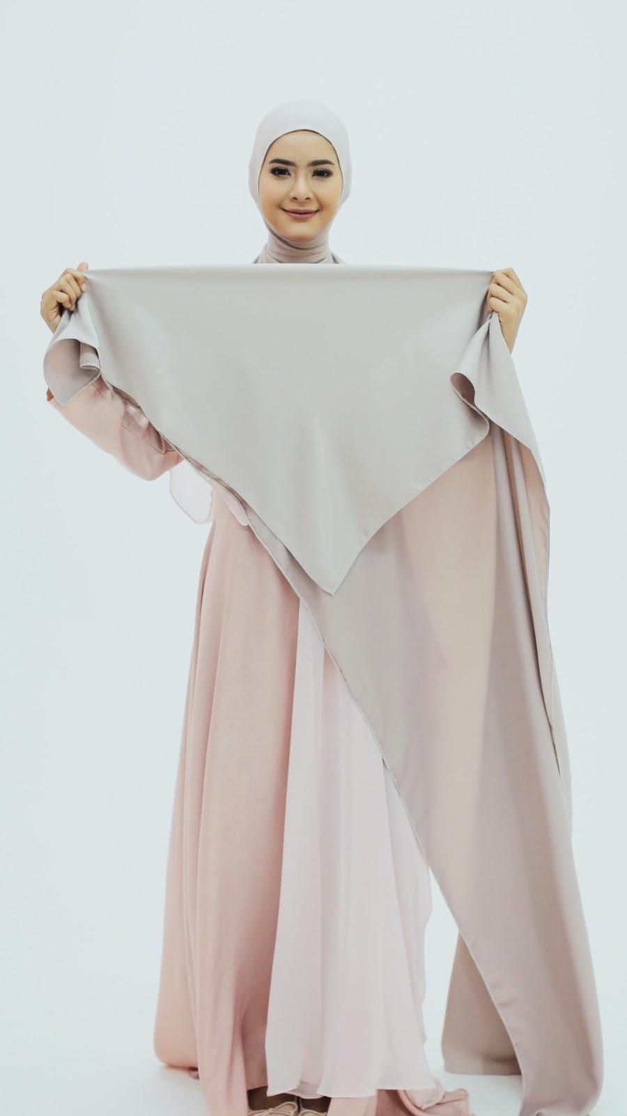 wallpaper hijab keren gamis cantik dan manis