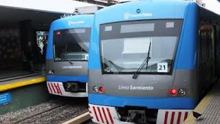 Una huelga del personal jerárquico genera numerosas demoras y cancelaciones en las líneas de trenes.
