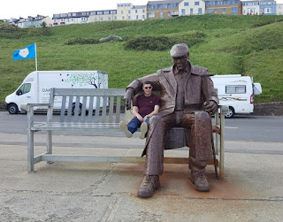A sculpture by Ray Lonsdale - Freddie Gilroy & the Belsen Stragglers in Scarborough
