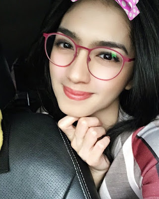 Angel Karamoy Imut