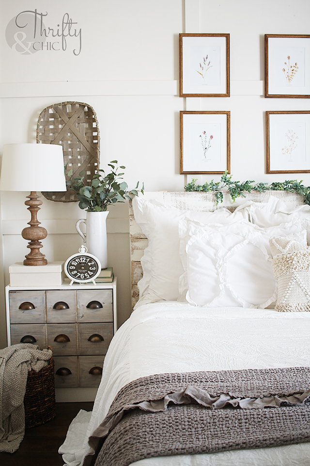 Spring bedroom decor and decorating ideas. Farmhouse ruffle bedding and bedspread. Farmhouse bedroom decor. Neutral white bedroom ideas. How to decorate a bedroom. Master bedroom ideas. Farmhouse master bedroom. White bedroom decor and decorating ideas. Shabby Chic bedroom decor and ideas. Farmhouse bedding. How to make your bed. Farmhouse bedding ideas. White bedding. Cottage bedroom decor and decorating ideas. White cottage bedroom.