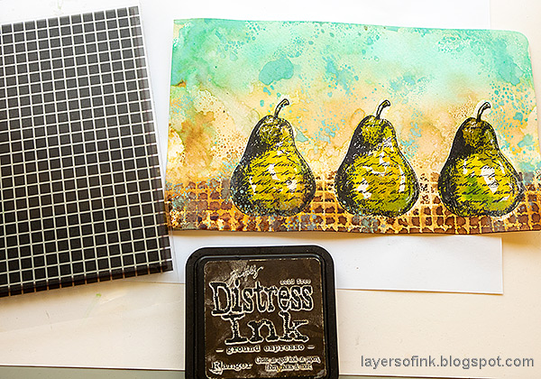 Layers of ink - Watercolor Pears Art Journal Page Tutorial by Anna-Karin Evaldsson. Stamp with Simon Says Stamp Solid Grid Background.