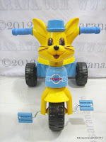 2 Junior T982 Rabbit Tricycle