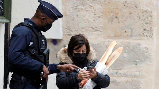 وزير الداخلية الفرنسي: عاقبنا 100 ألف مخالف للتدابير الوقائية من الوباء