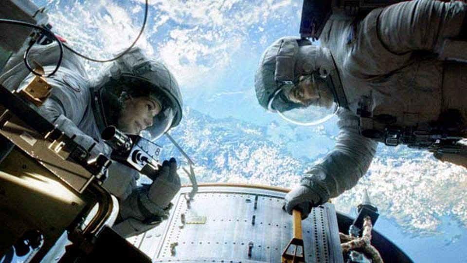 Review dan Sinopsis Film Gravity (2013)