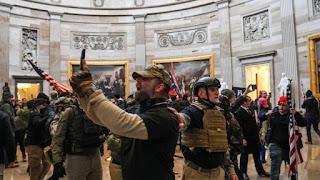 trump biden capitólio fascismo umberto eco política eua