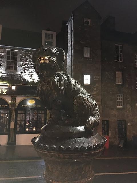 Greyfriars Bobby statue, Edinburgh, Scotland