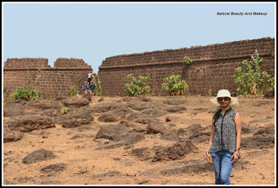 blogger Anamika at Chapora Fort, North Goa