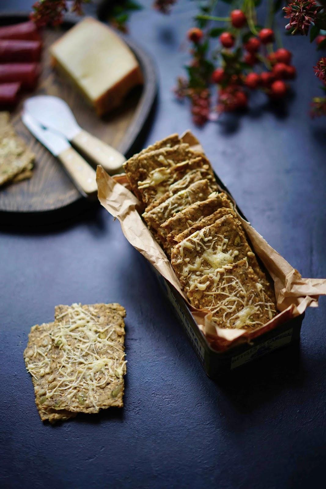 farine d'épeautre , healthy food , graines de chia , crackers maison
