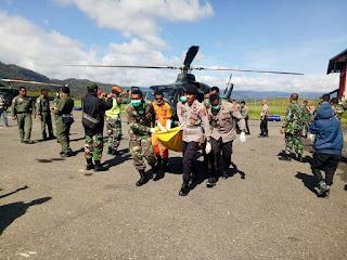 Evakuasi Jenazah Jatuhnya Helikopter Mi-17V-5 TNI AD