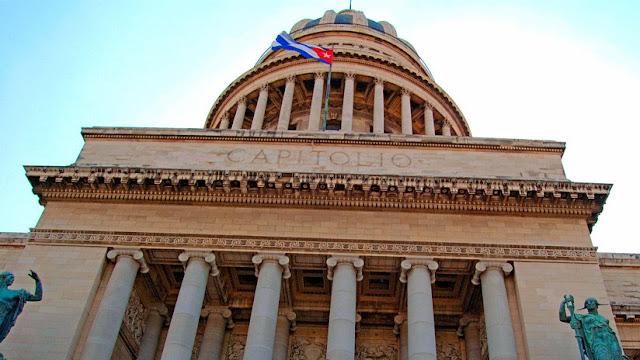 Cuba estudia la creación de una criptomoneda para impulsar su economía ante las sanciones de EE.UU.