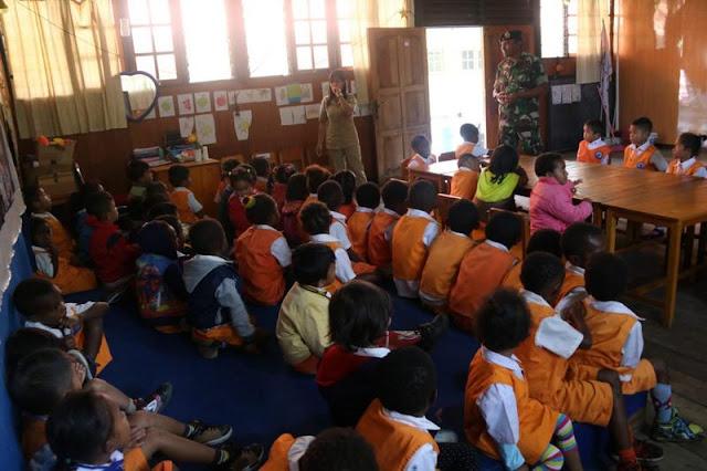 Peduli Kesehatan Anak Usia Dini di Puncak Jaya, Ini yang Dilakukan Satgas Pamrahwan Yonif MR 412 Kostrad