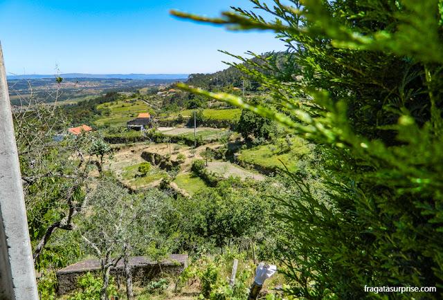 A paisagem da Serra da Estrela vista do Museu do Pão, em Seia, Portugal
