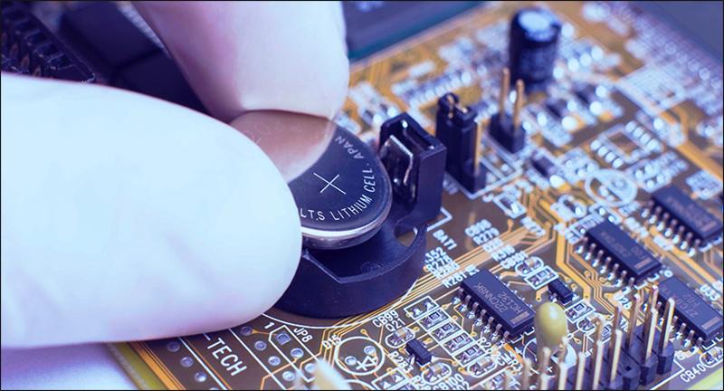 ازالة-بطارية-CMOS-وإعادة-تركيبها