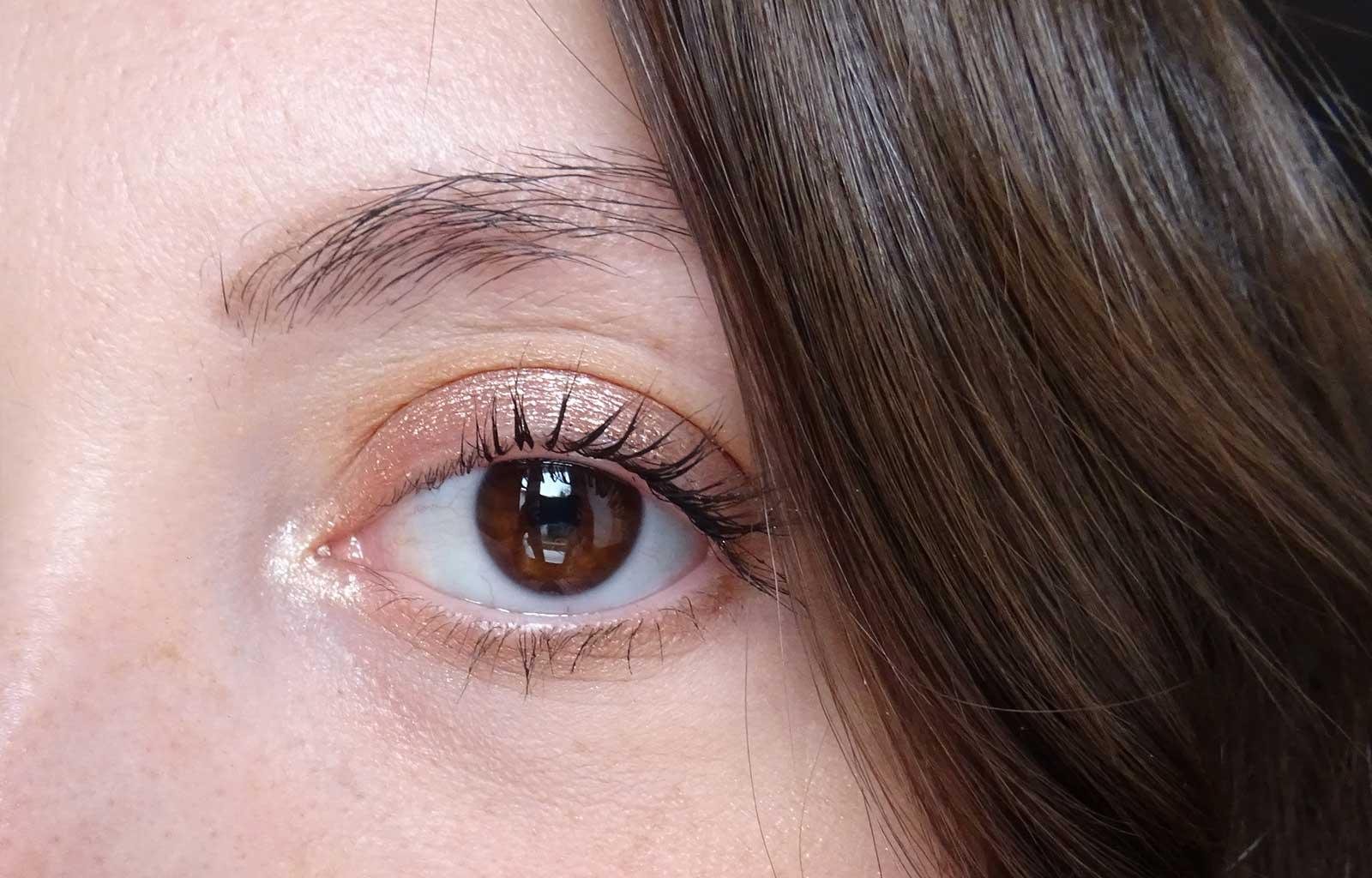 Maquillage Metals Metallic Liquid Eyeshadow Golden Rose