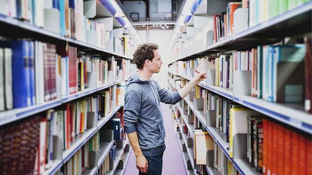 مكتبتي ال البيت - كيف تختار تخصصك الجامعي ؟