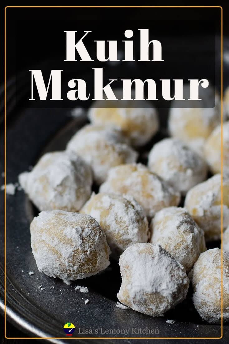 Kuih makmur or ghee cookies is Malaysians favourite traditional cookies for Eid. These melt in the mouth eggless ghee cookies/ kuih makmur filled with crushed peanuts