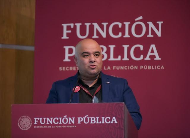 Robles Maloof sale de la Secretaría Función Pública. Twitter